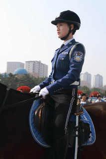 美人騎馬警察隊_2_1.jpg